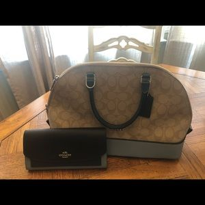 Coach Sierra Blue and Khaki Tote and wallet